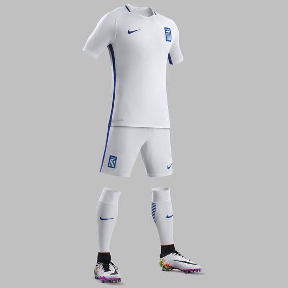 Greece-2016-2017-home-shirt.jpg