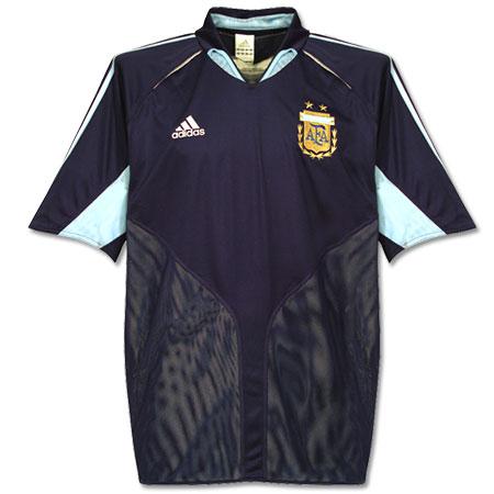 04 05 Argentina away