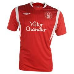 09 10 Nottingham Forest home (with sponsor)