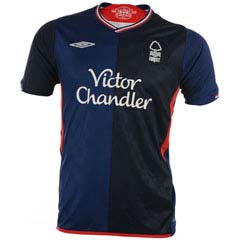 09 10 Nottingham Forest away (with sponsor)