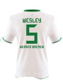 2010-11 Werder Bremen Away Shirt (Wesley 5)