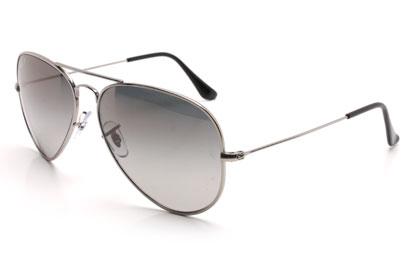 RayBan 8041 Aviator Titanium Shiny Silver Polarised Sunglasses