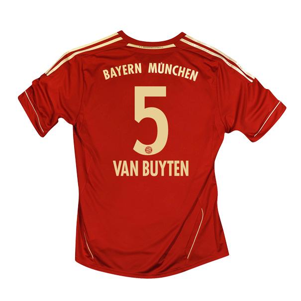 2011-12 Bayern Munich Home Shirt (Van Buyten 5)