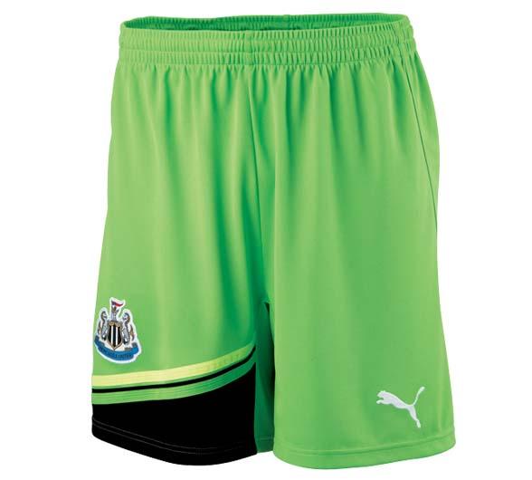 2011-12 Newcastle Away Goalkeeper Shorts (Kids)