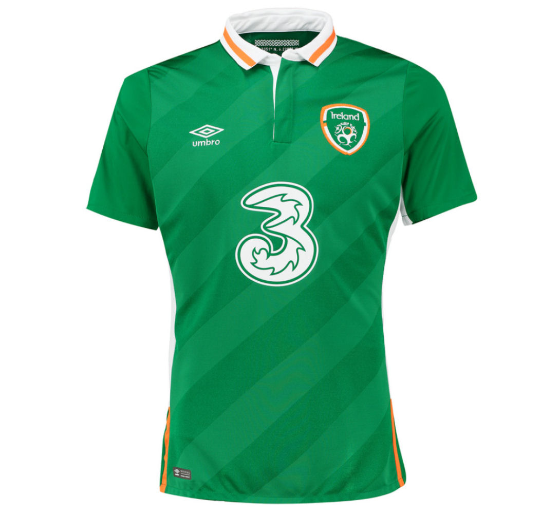 20162017 Ireland Home Umbro Football Shirt