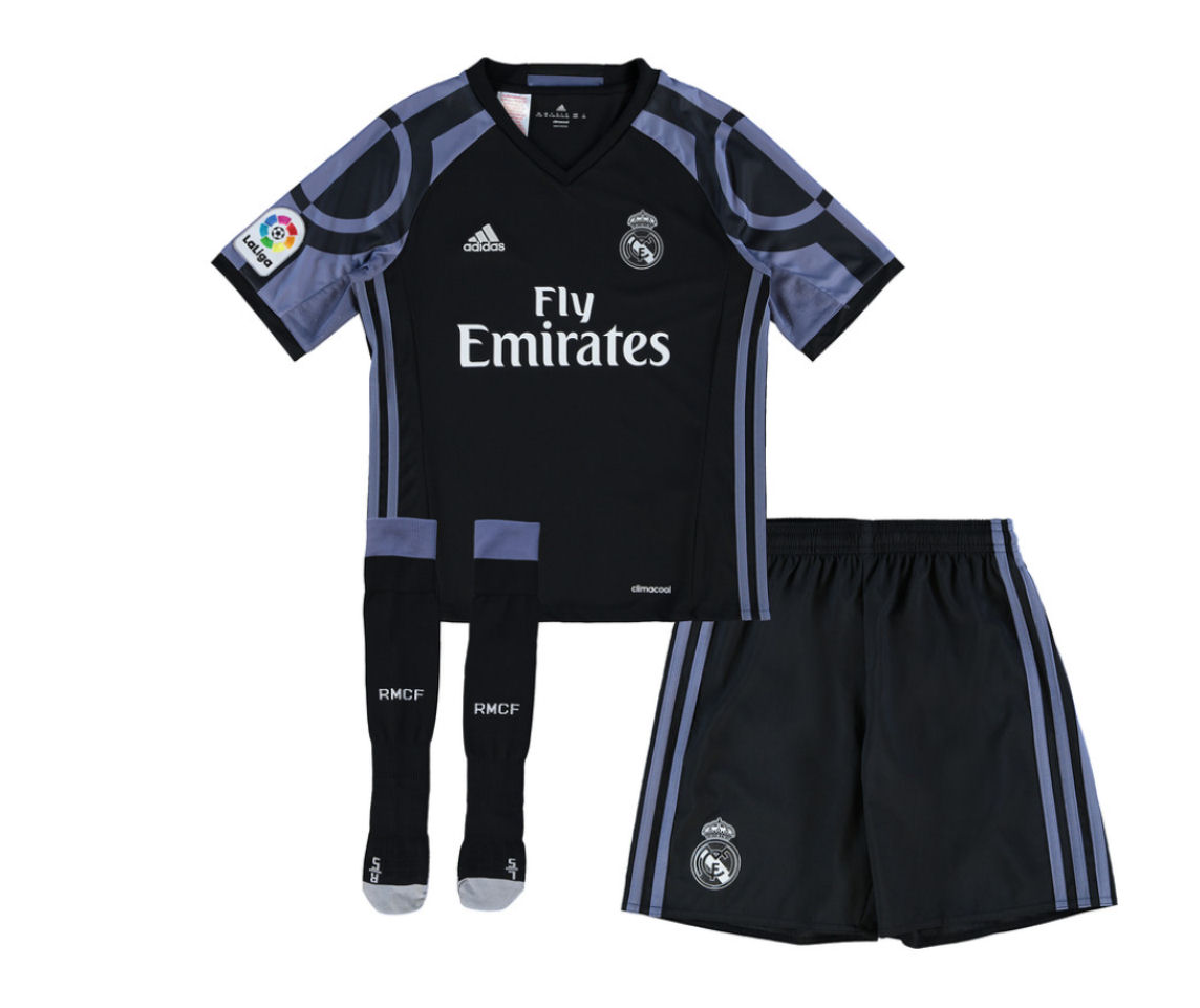 low priced 6cafb f9cdd adidas real madrid third kit