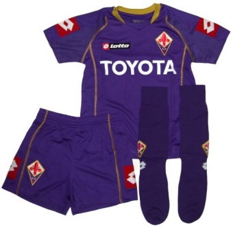 type_8_fiorentina_little_boys_home_0809.jpg