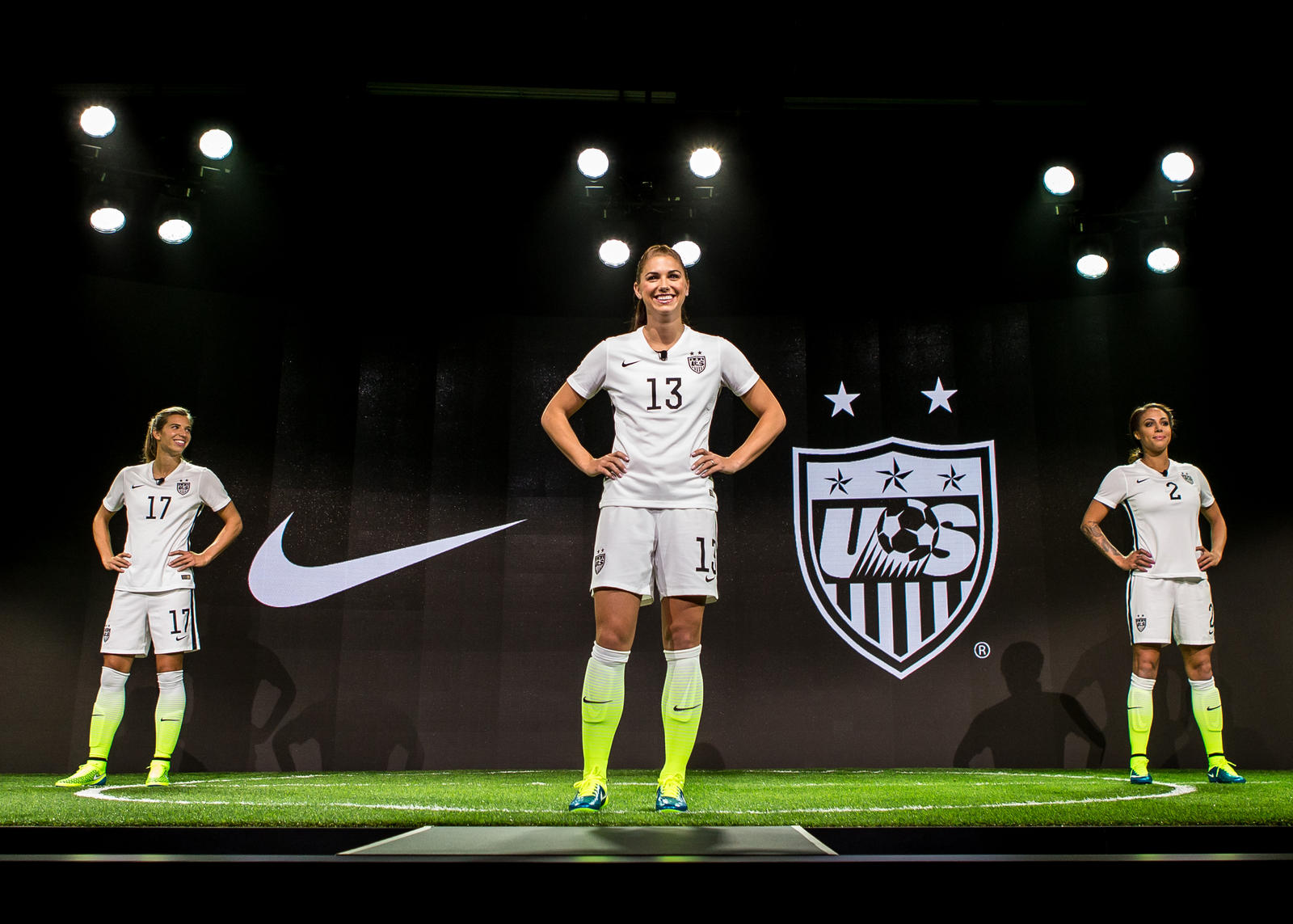 f9f380f67b6 Nike s 2015 USA Womens Home Kit