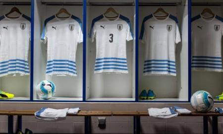 football-shirt-16-17-uruguay