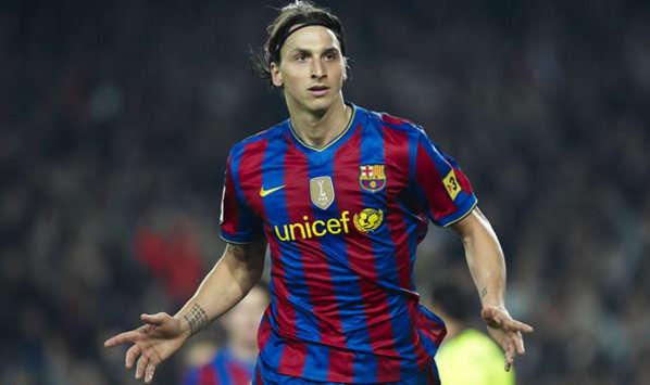 16-17-barcelona-home-shirt