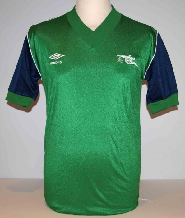 1982-83 Away shirt