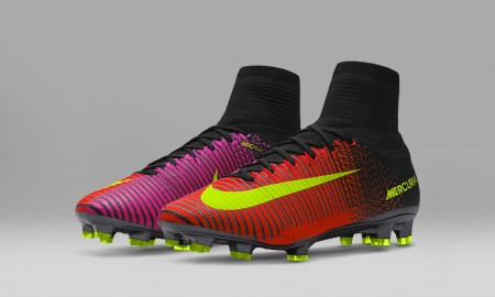 831940-870_E Nike Spark Brillaince Mercurial with sock