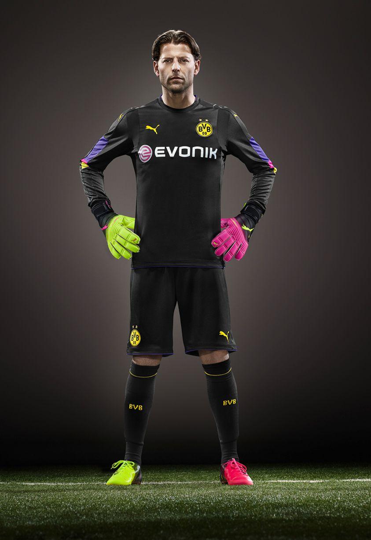 b9be096f7 Borussia Dortmund 2016-17 Home Kit Goalkeeper