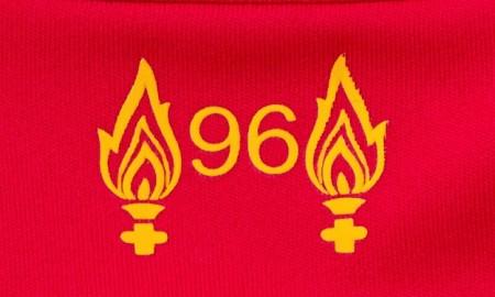Liverpool-201617-Home-kit 96
