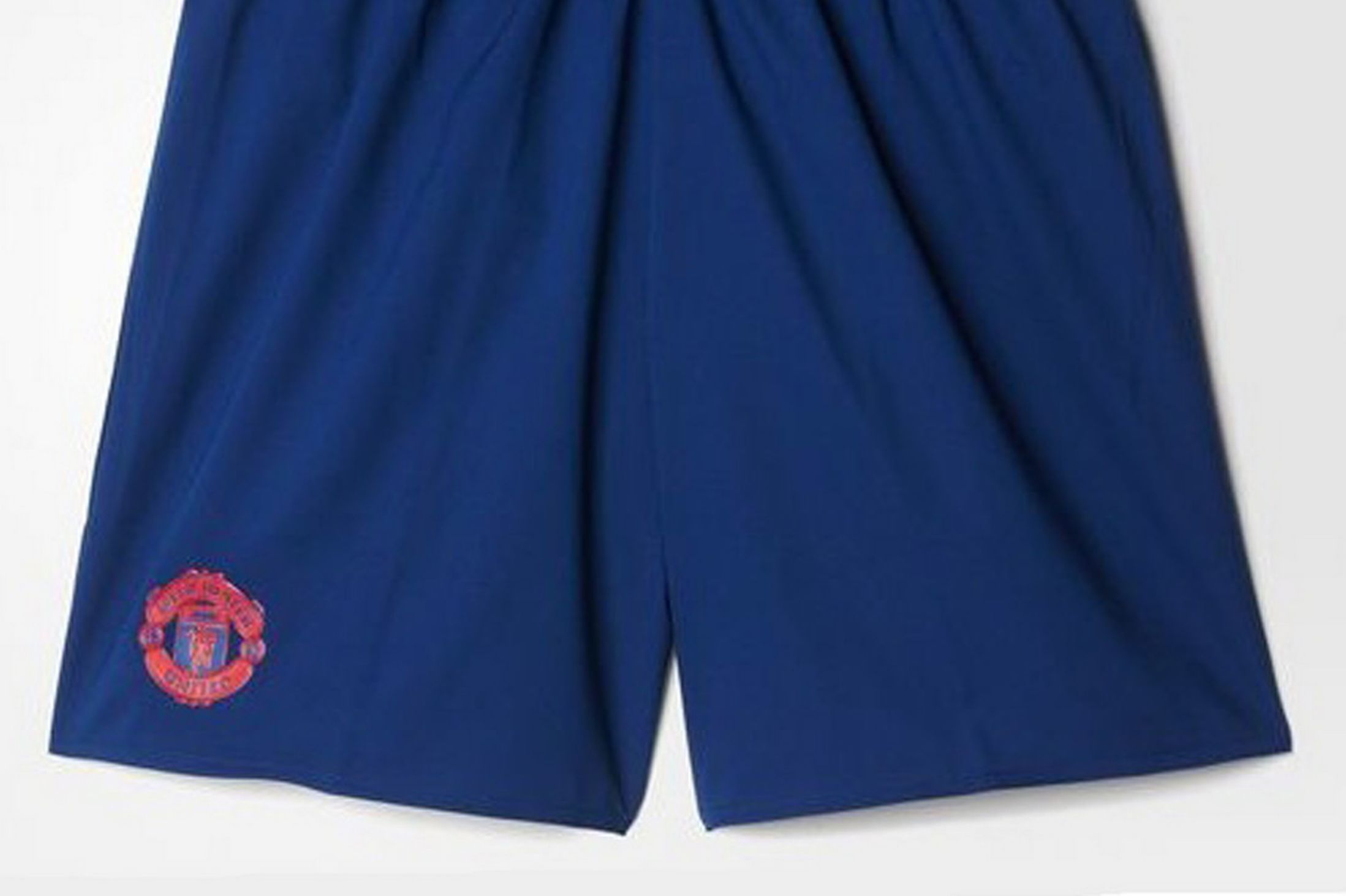 Manchester-United-Away-Shorts-2016-17