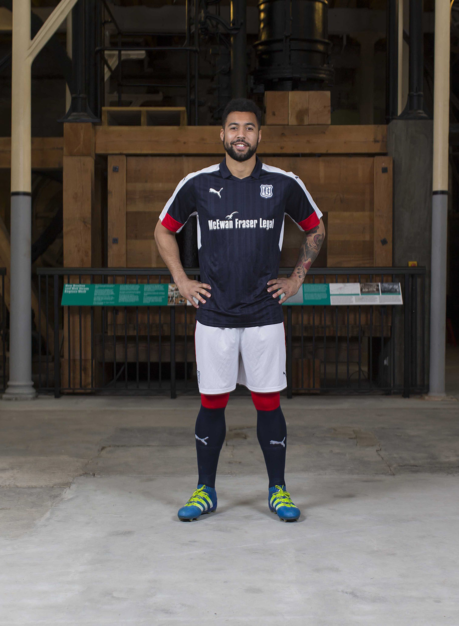 Dundee 2016-17 Home Kit Portrait