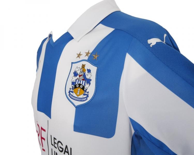 Huddersfield Town 2016-17 Home Kit Shoulder