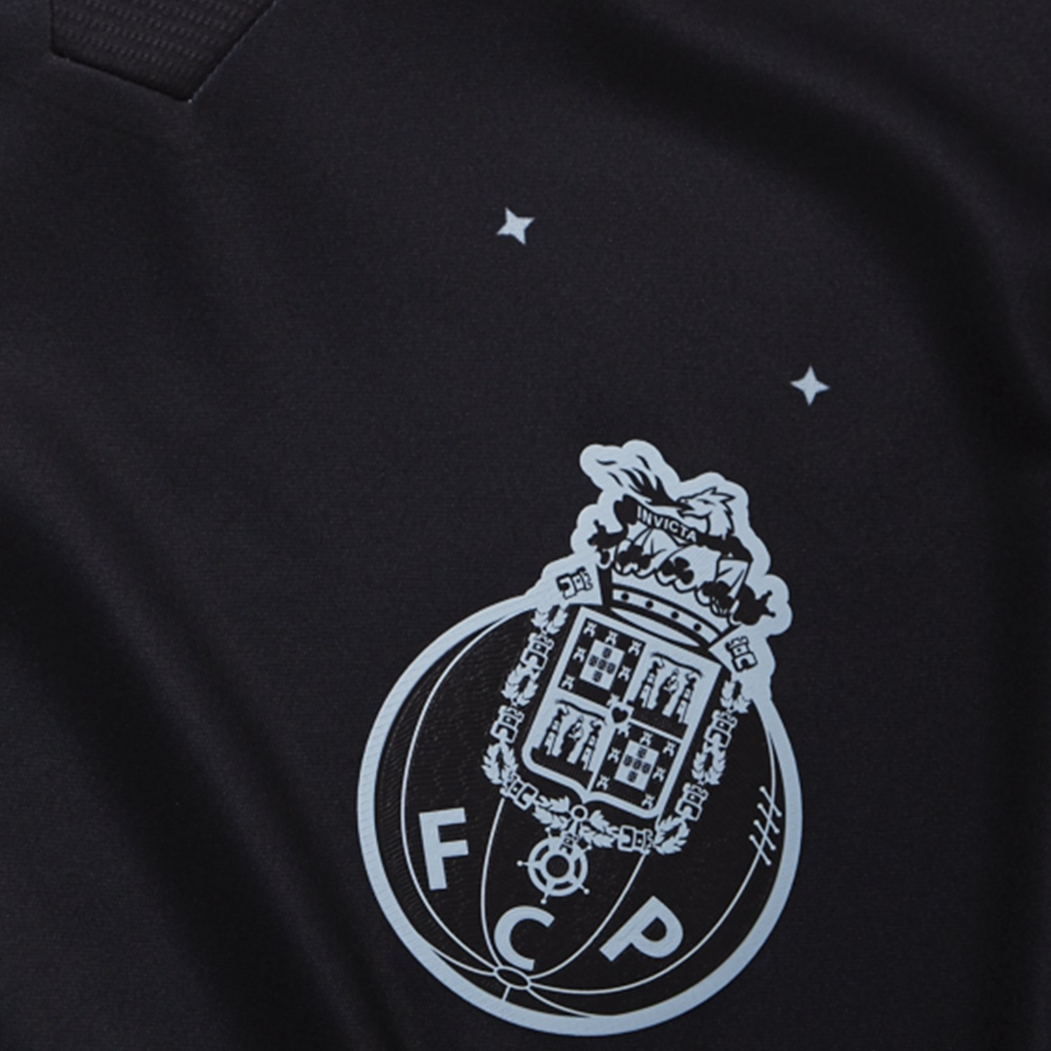 Porto Away Kit Badge 2016-17