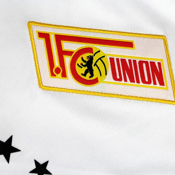 union-berlin-16-17-third-kit-badge