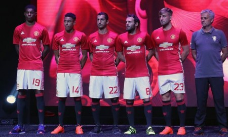 Manchester-United-New-Kit-launch