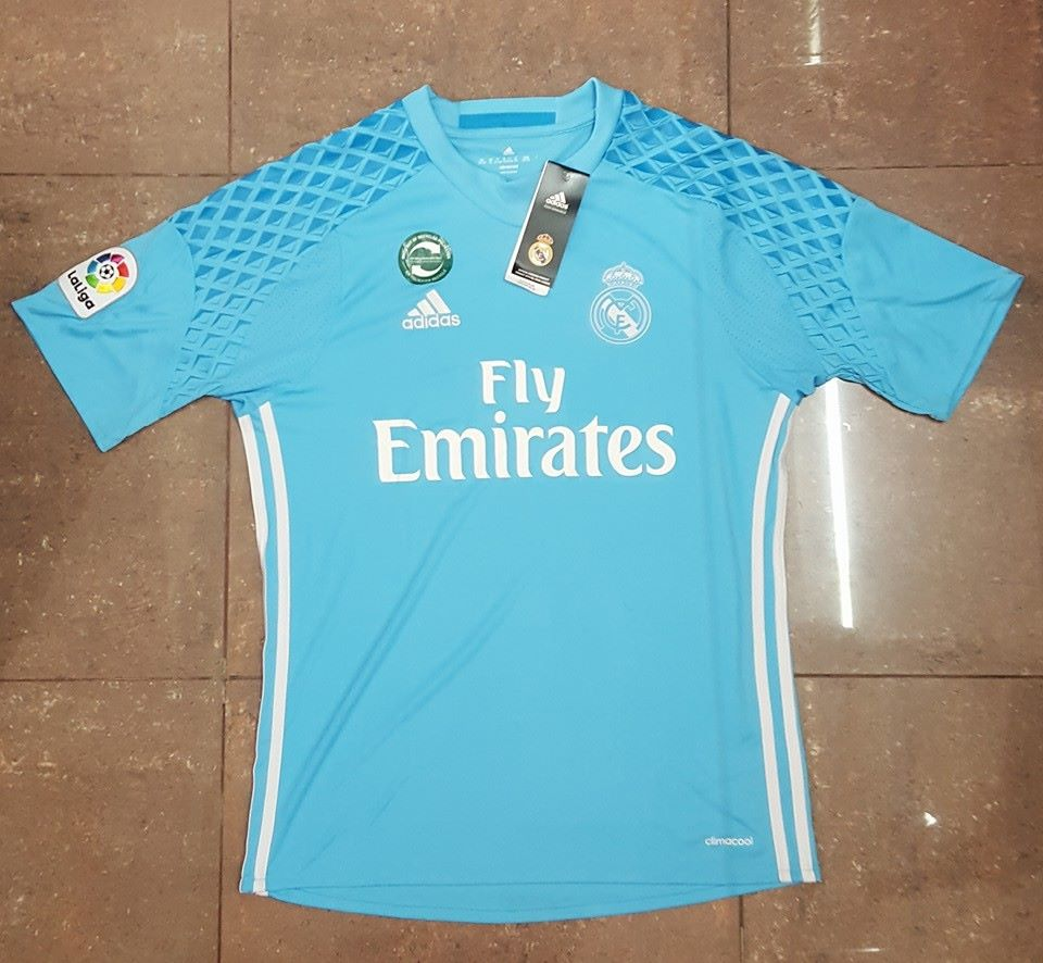 Leaked Real Madrid 2016 17 Goalkeeper Kit 16 Front 1617