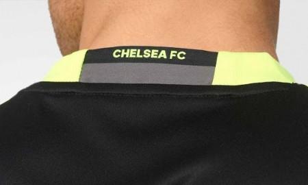 chelsea-16-17-kit-neck