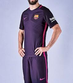 fc-barcelona-16-17-away-kit-pique
