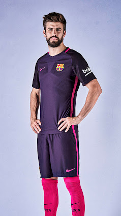 56669bd79 fc-barcelona-16-17-away-kit-pique ...
