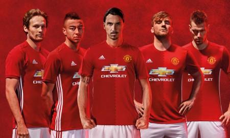 manchester-united-16-17-home-kit-banner