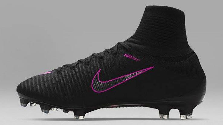 nike-pitch-dark-mercurial-superfly-v left