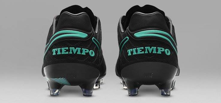 nike-pitch-dark-tiempo-legend-vi heel