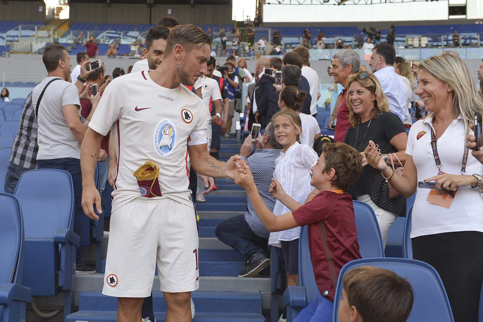 as-roma-special-kit Totti