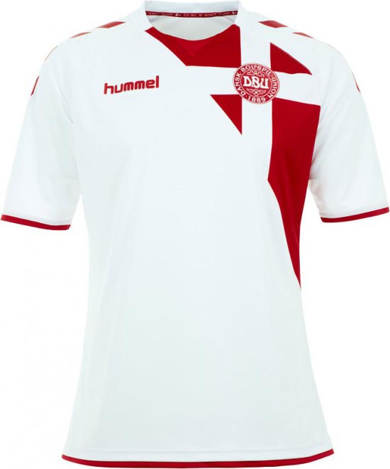 hummel-denmark-2016-2017-away-kit-front