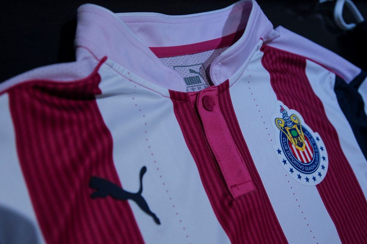 promo code 4ecd3 fb127 Chivas Breast Cancer Shirt Revealed
