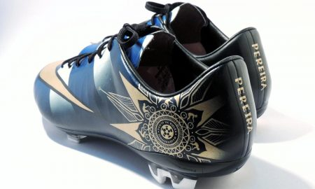 closer-look-alvaro-pereiras-custom-nike-mercurial-vapor-heel