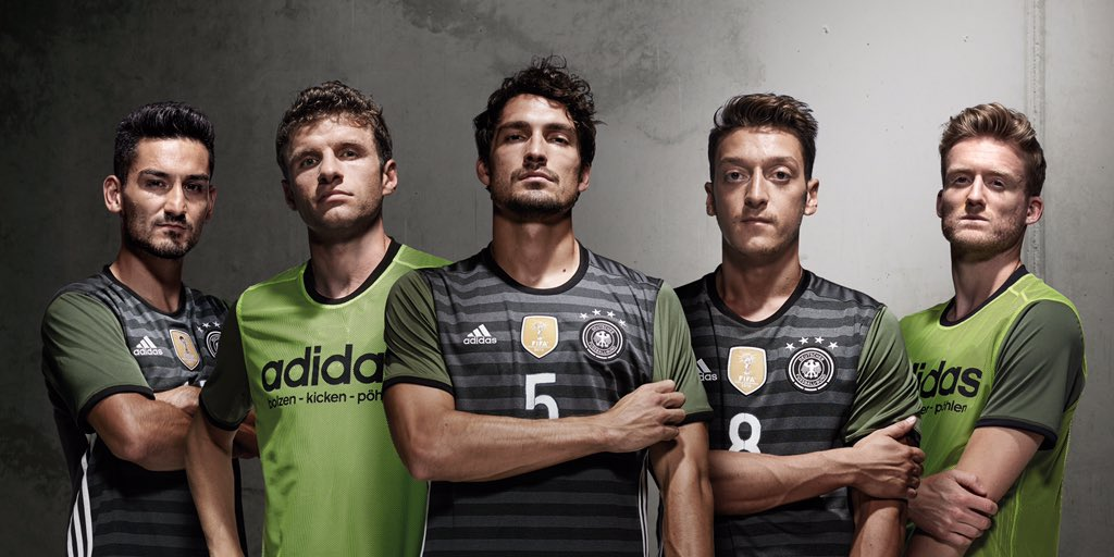 germany-euro-2016-away-kit-group