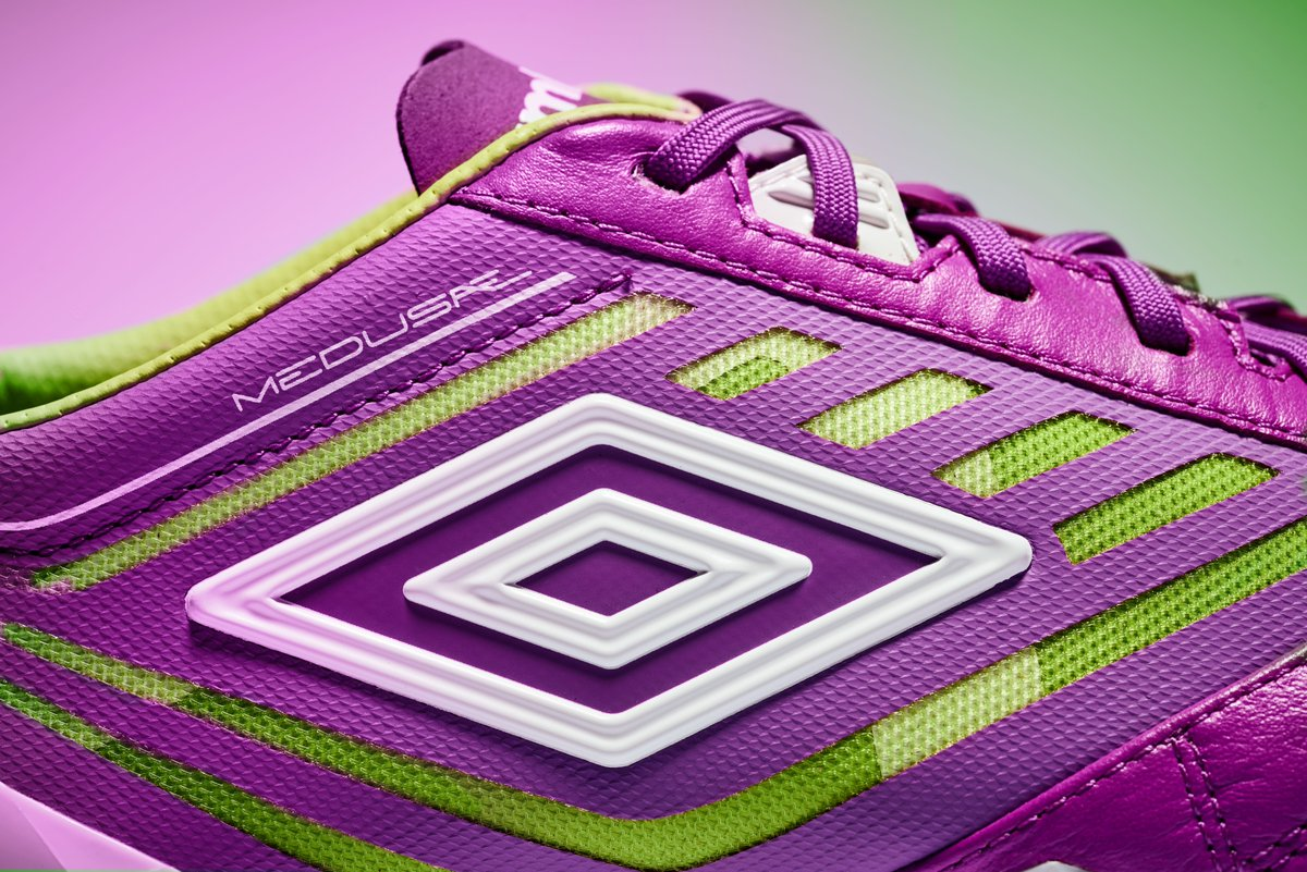 purple-cactus-umbro-meduae-boots-logo