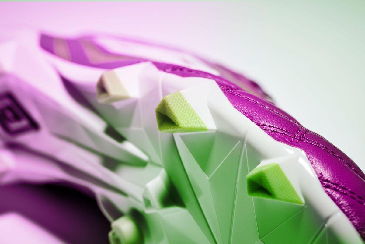 purple-cactus-umbro-meduae-boots-studs