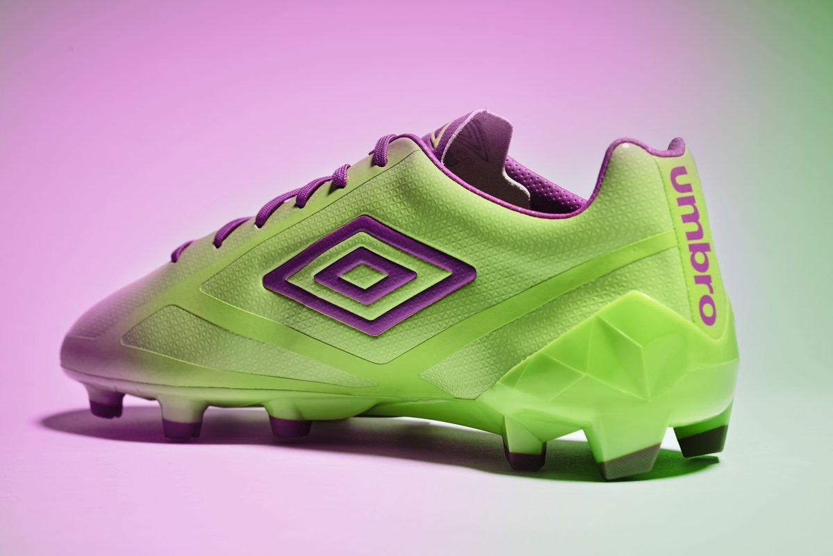 purple-cactus-velocita-boots-inside