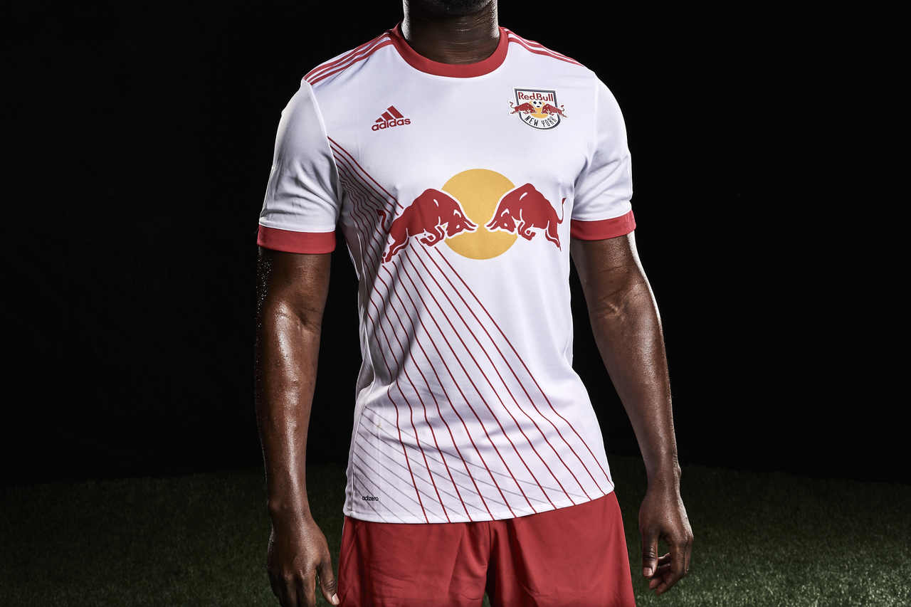 new style 87c28 d6e7e New York Red Bulls Unveil 2017 Home Kit