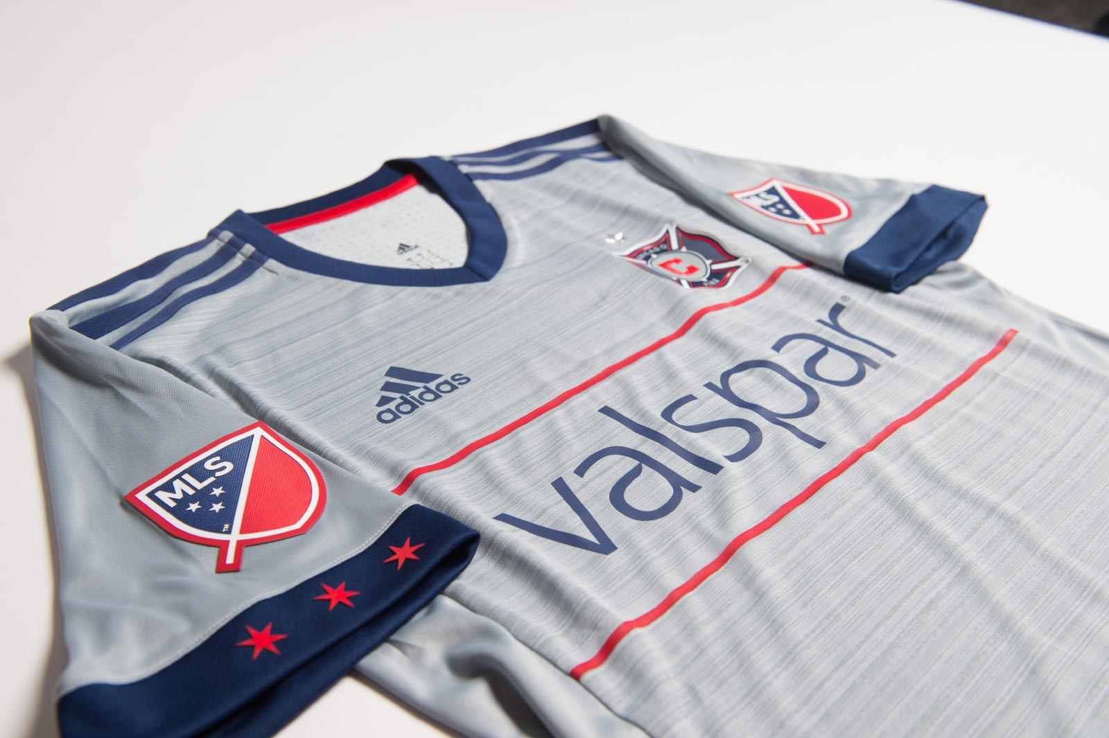 buy online a5440 a3f61 Chicago Fire Debut New Away Kit In Columbus Draw
