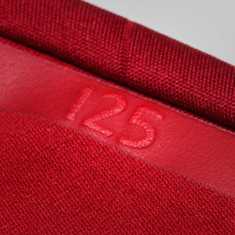 liverpool-17-18-home-kit-collar