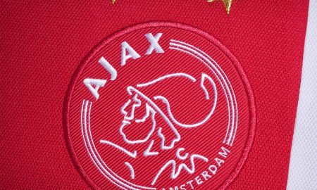 ajax_2017_18_adidas_home_kit_feature
