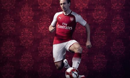 arsenal-17-18-home-kit-monreal