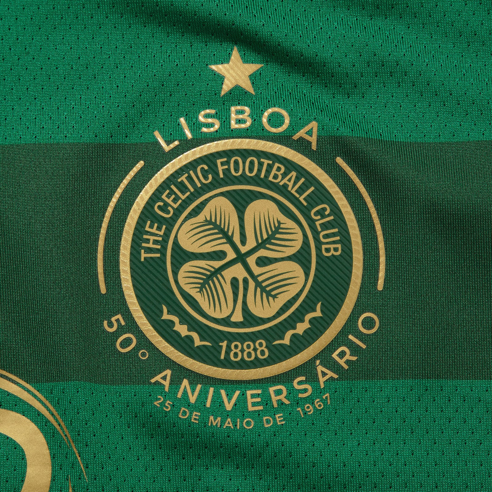 celtic-17-18-away-kit-crest