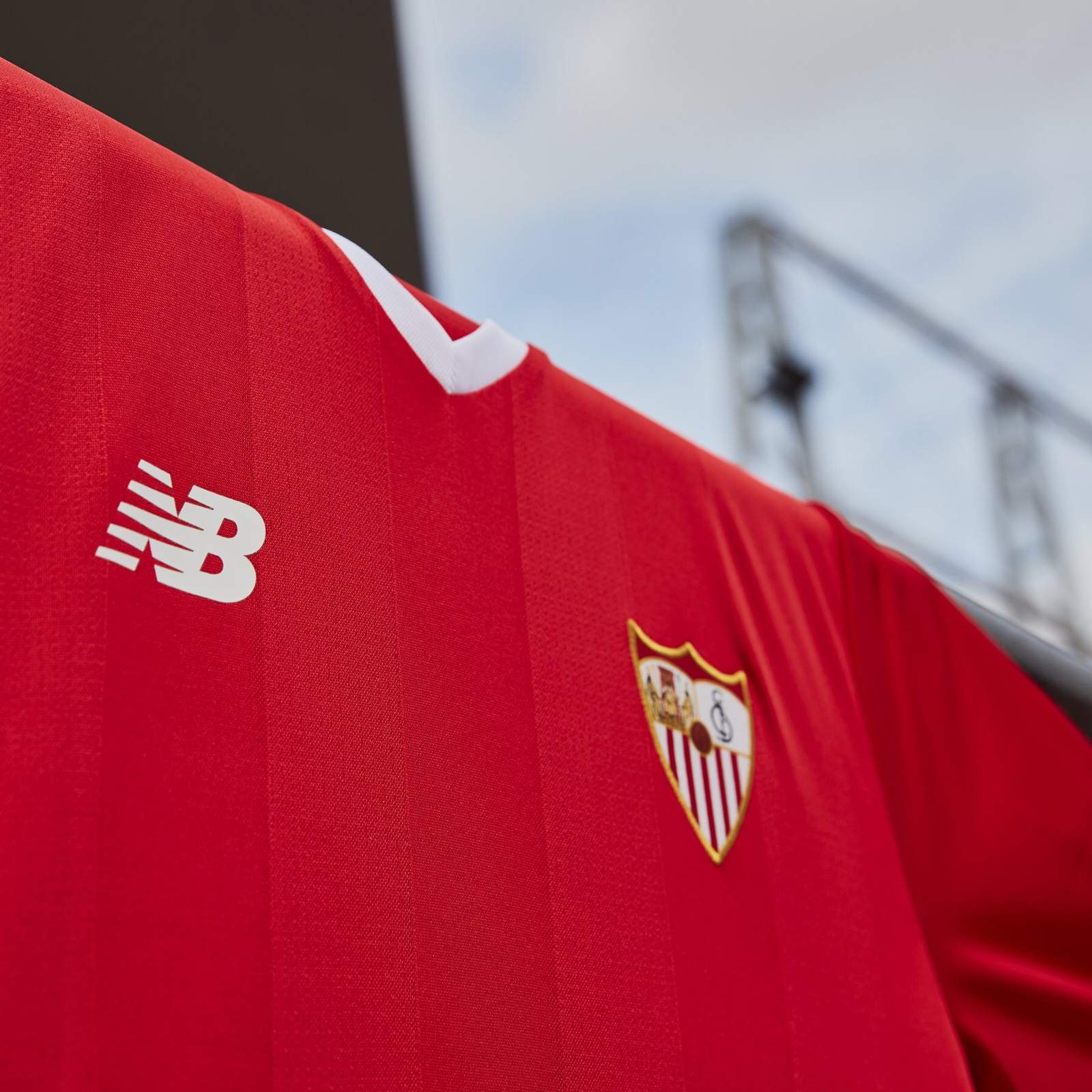 sevilla-17-18-kits-away-banner