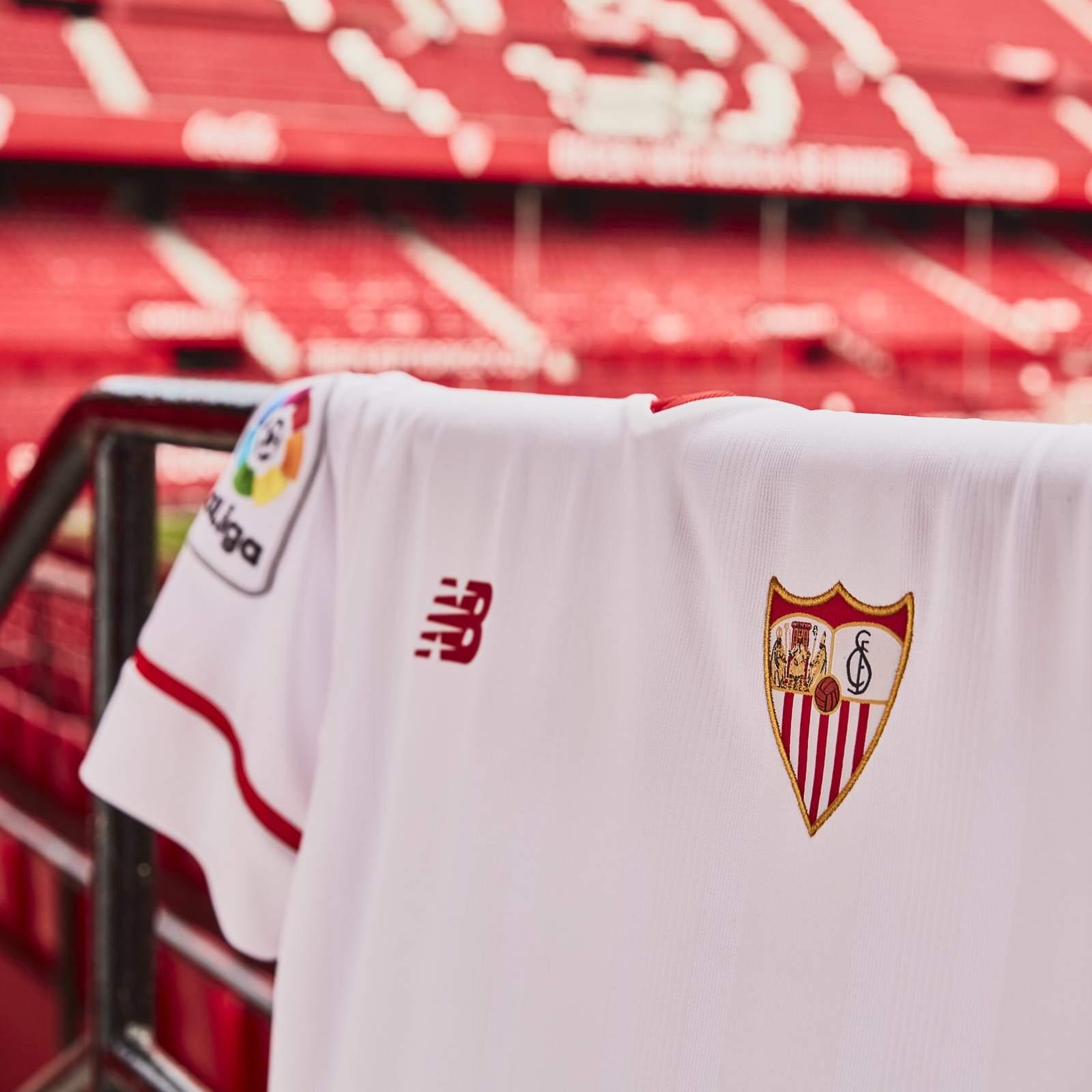 sevilla-17-18-kits-banner