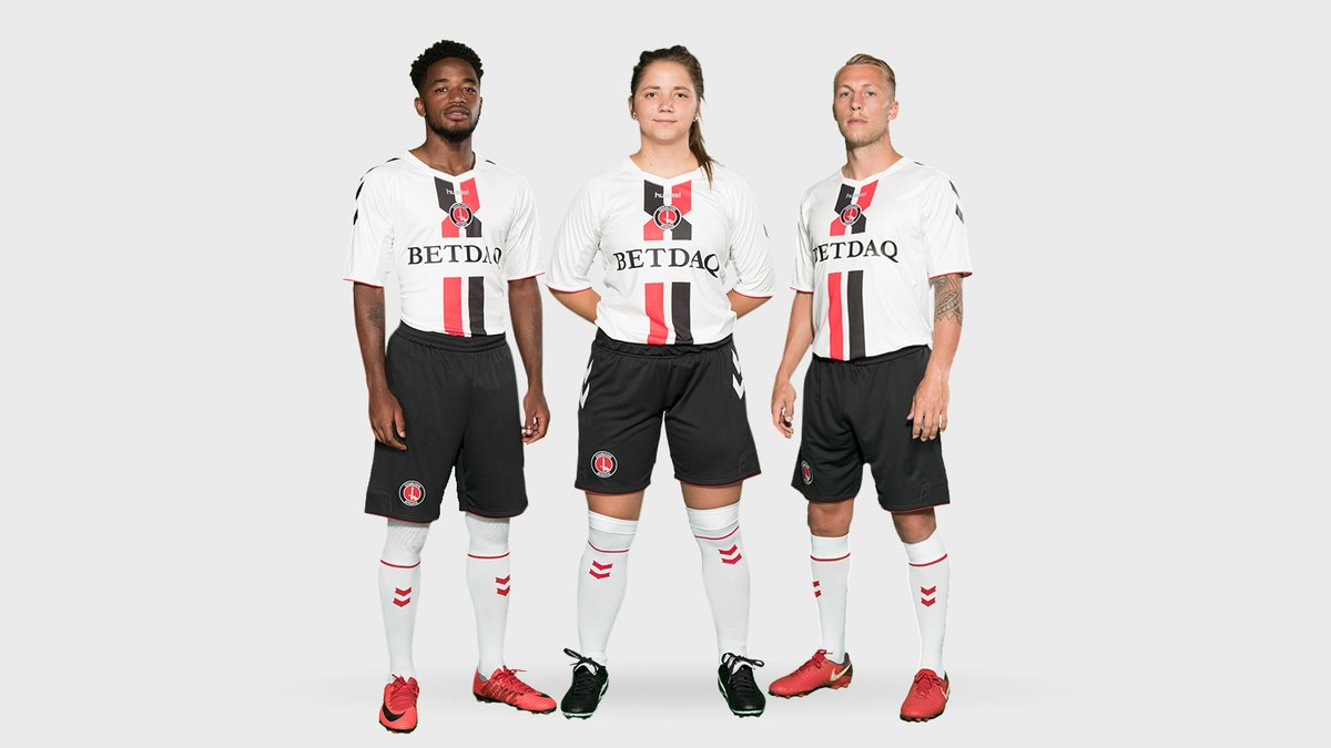 c8648010cf10d It is modelled on the kit worn in the mid-nineties, when Charlton were in  English football's ...