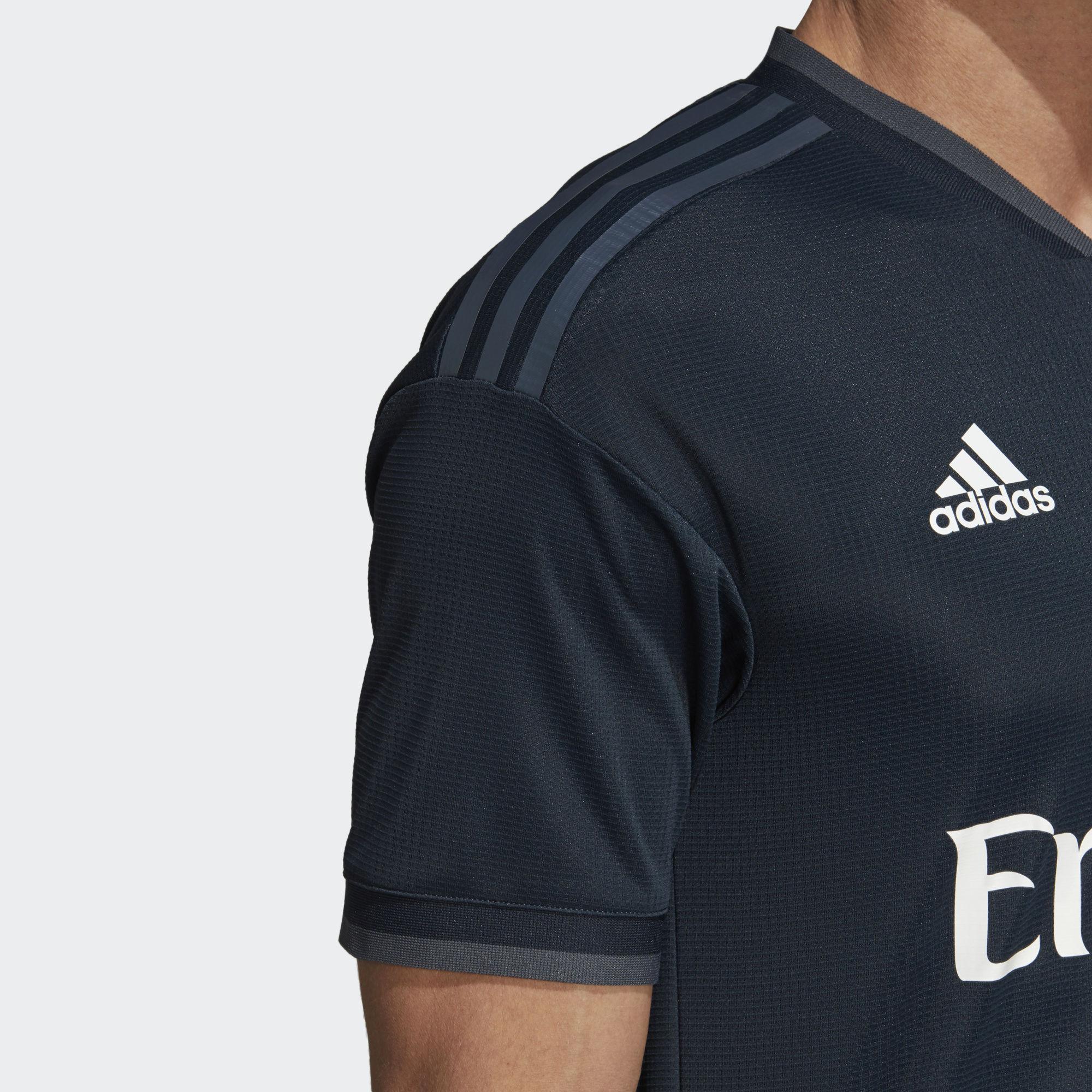 2018 19 Real Madrid Adidas Winter