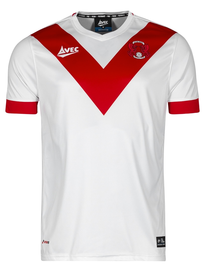 leyton_orient_18_19_commemorative_fourth_kit_a.jpeg